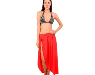 Falda Roja plisada con Abertura
